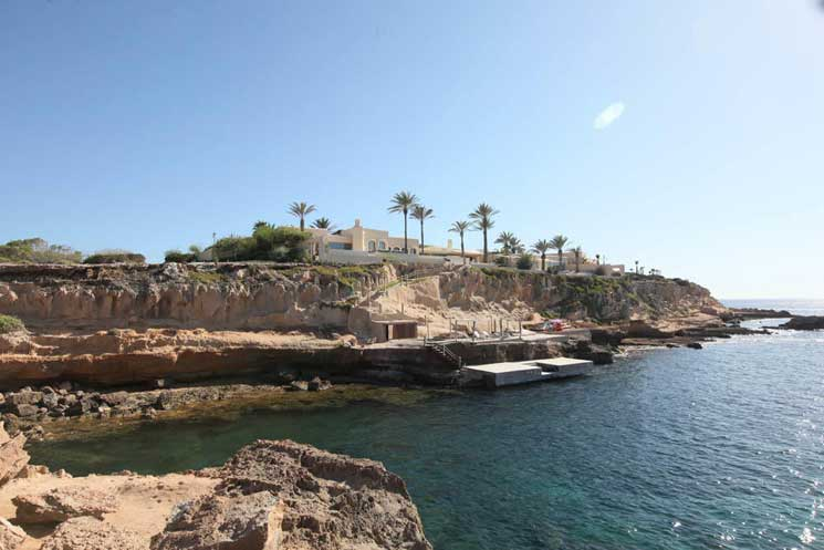 Save Our Shore! Special Report on Ibiza's Fight for its Coastal Rights, includes How to Find Out What is Public Land