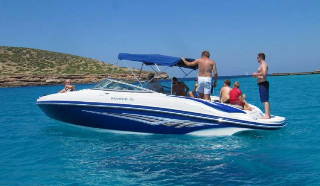 a rinker can be as little as 100€ per person for an all day charter