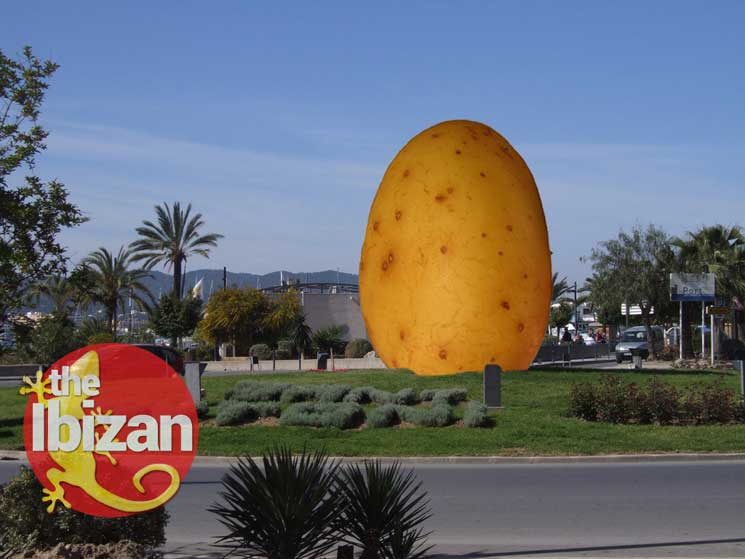 The Spud - San Antonio Egg to be replaced by Giant Potato for St Patrick's Day 2017