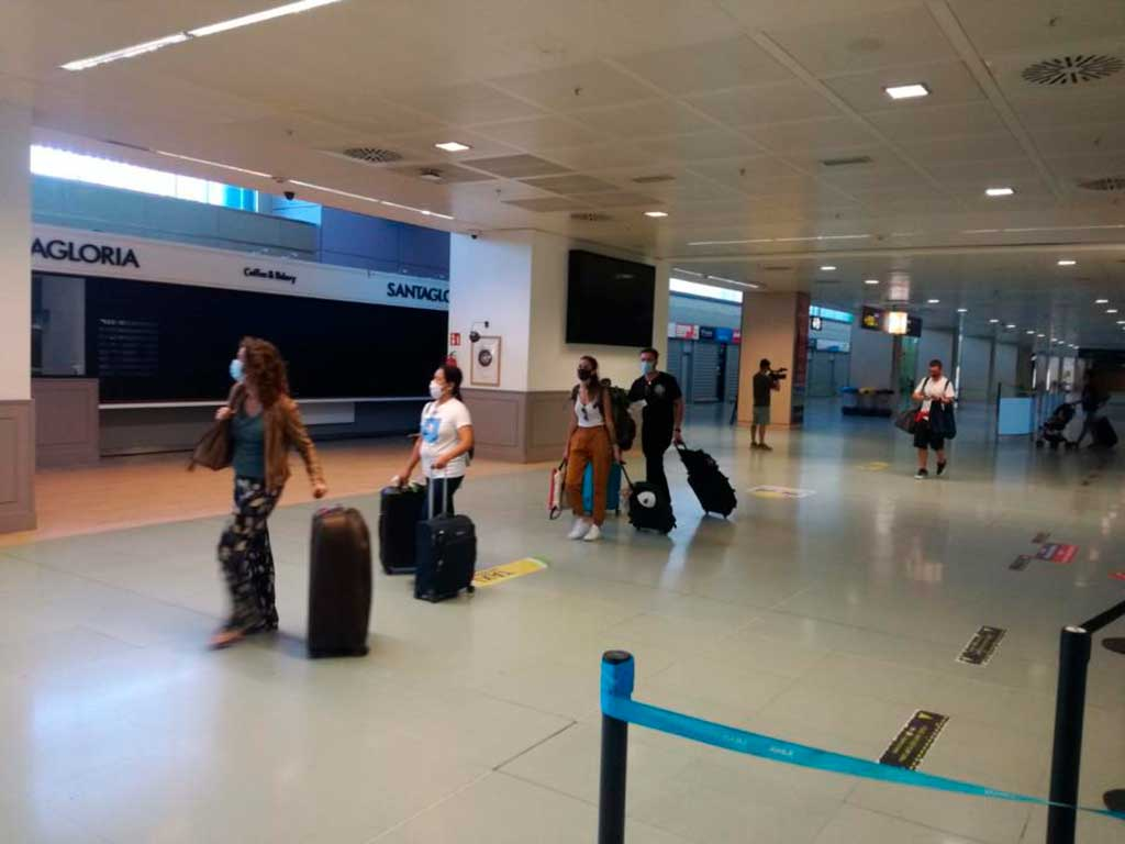 They're Here! Ibiza's First 2020 Tourists Arrive
